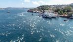 İstanbul Boğazında kıtalararası yüzme yarışı