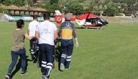 Ambulans helikopter yaralı vatandaş için havalandı