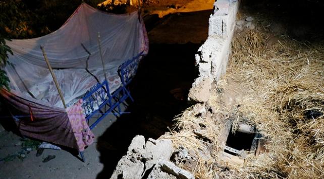 Ceylanpınarda roketin düştüğü ev görüntülendi