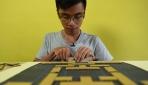 Video oyunlarını karton ile yeniden canlandıran Vietnamlı genç