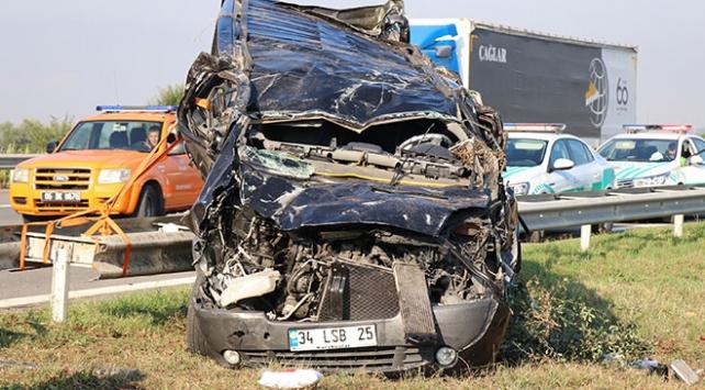 TEM otoyolunda kaza: 2 ölü, 9 yaralı