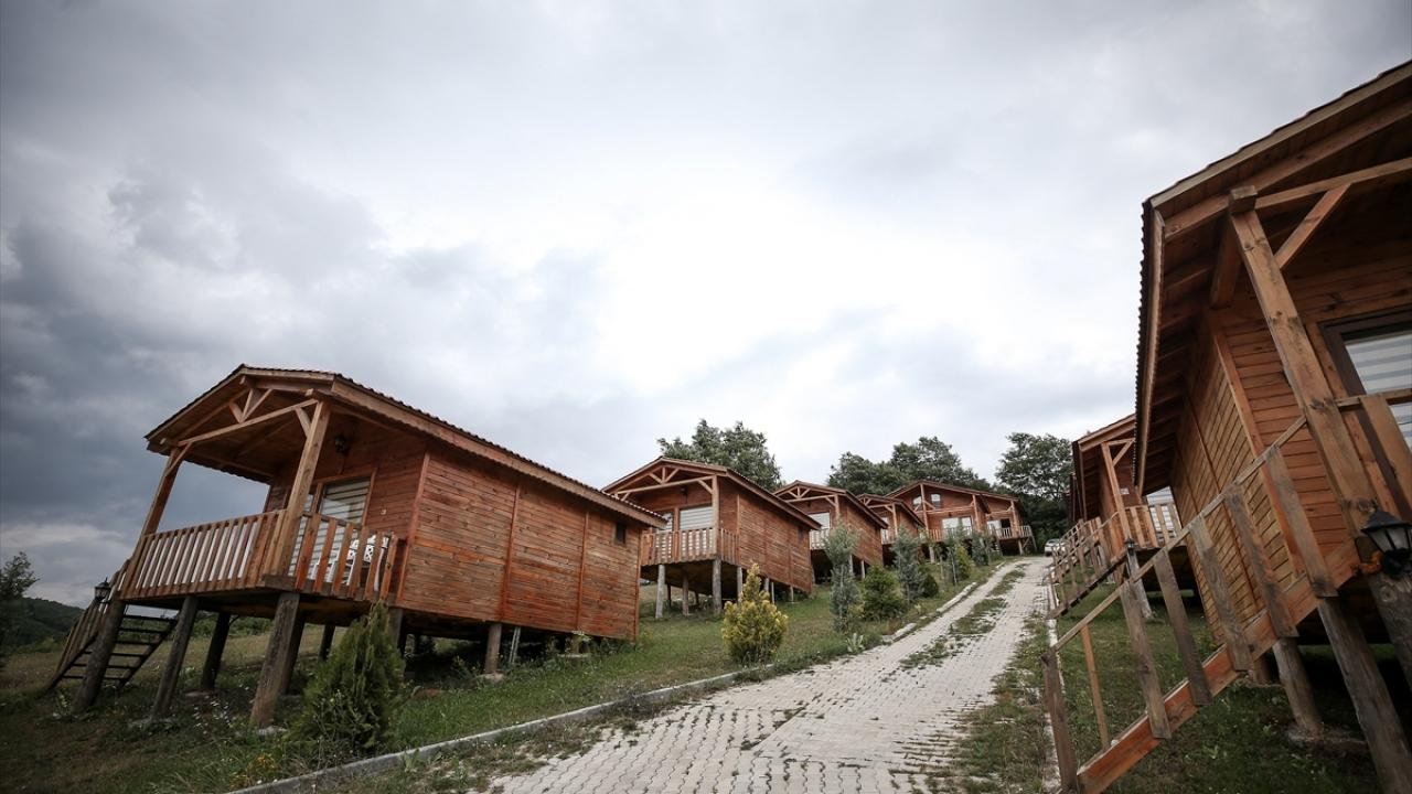 Fabrikadaki işini bırakıp köyüne turistik tesis kurdu