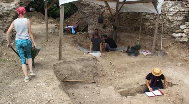 Sinopta 2 bin 300 yıllık yapı gün yüzüne çıkarılıyor