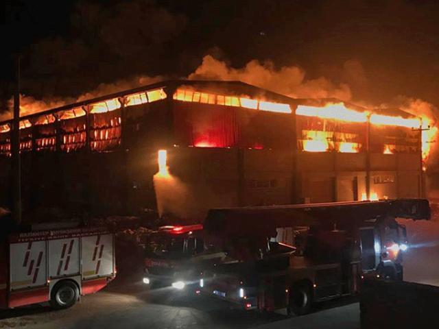 Gaziantepte fabrika yangını