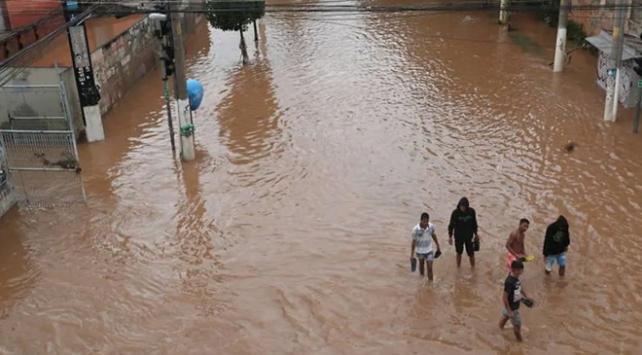 Brezilyada sel ve toprak kaymalarında ölü sayısı 11e çıktı