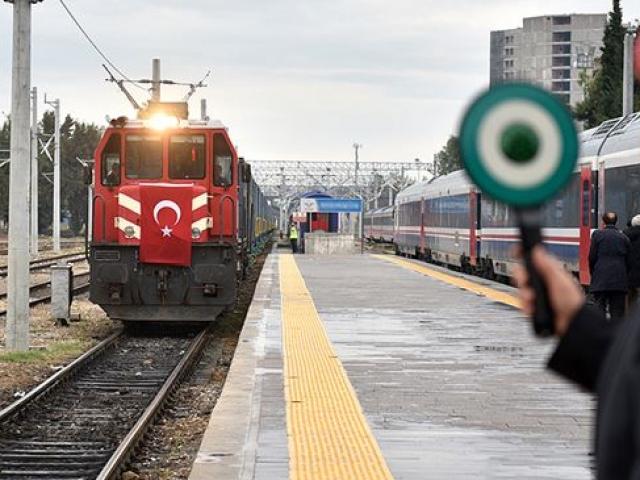 Sivasta üretilen yük vagonları Azerbaycana gönderilecek