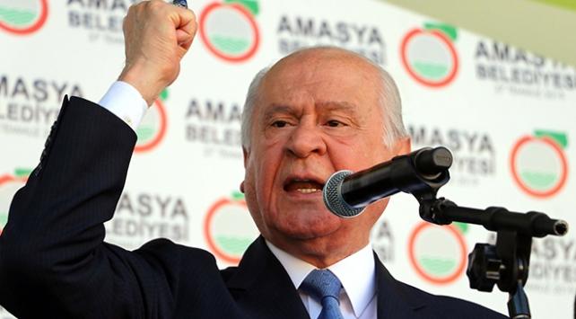 Bahçeli: Türk milletinin kudreti hainlerin tepesine inmelidir