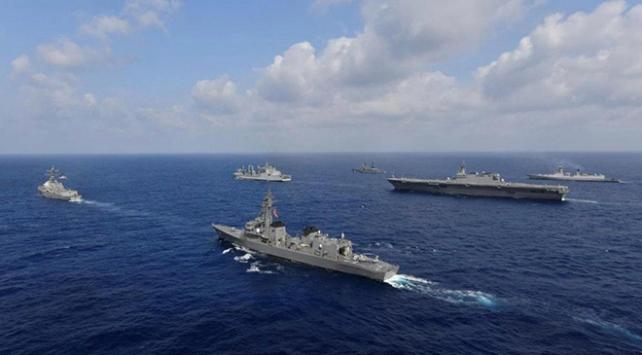 Çinden Doğu ve Güney Çin Denizinde askeri tatbikat