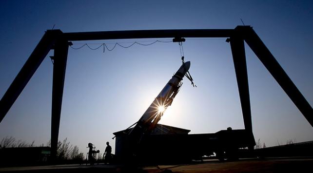 Çin, yeniden kullanılabilir roket geliştirmeye hazırlanıyor