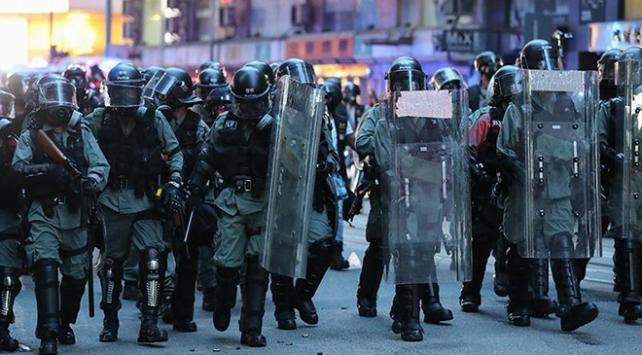 Çinden Hong Kong hükümeti ve polisine destek