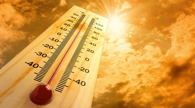 Ağustos kavurucu sıcaklarla geliyor