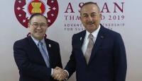Bakan Çavuşoğlu Filipinli mevkidaşıyla görüştü