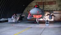 Yerli mühimmatlar savaş uçaklarına Seyit Onbaşı ile yükleniyor
