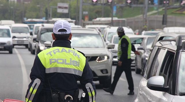 Trafik güvenliğini tehlikeye düşüren sürücüye 2 bin 170 lira ceza
