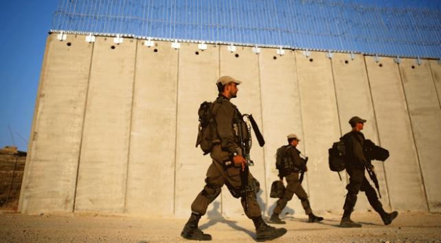 İsrail güçleri Batı Şeriada 12 Filistinliyi yaraladı