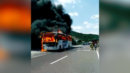 Balıkesir'de seyir halindeki otobüs yandı: 5 ölü