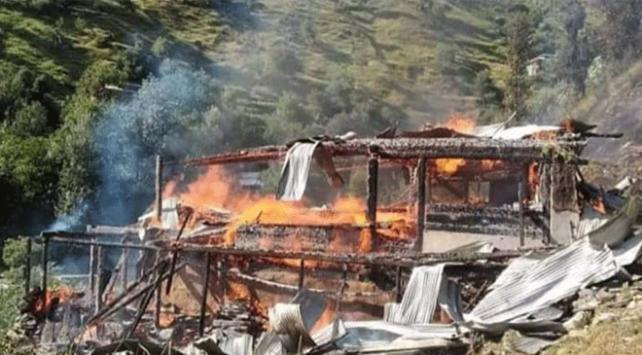 Pakistan: Hindistan, Keşmirde misket bombası kullandı
