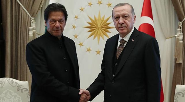 Cumhurbaşkanı Erdoğan, Pakistan Başbakanı Han ile Keşmiri görüştü