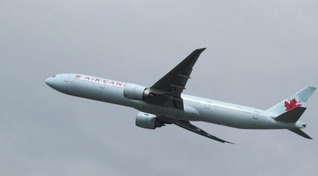 Air Canadadan başörtüsü skandalı
