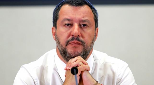 Salvininin kurtarma gemileriyle savaşı sürüyor