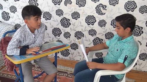Ünlülerin hayatı ile 81 ilin plakası Muhammet'in ezberinde