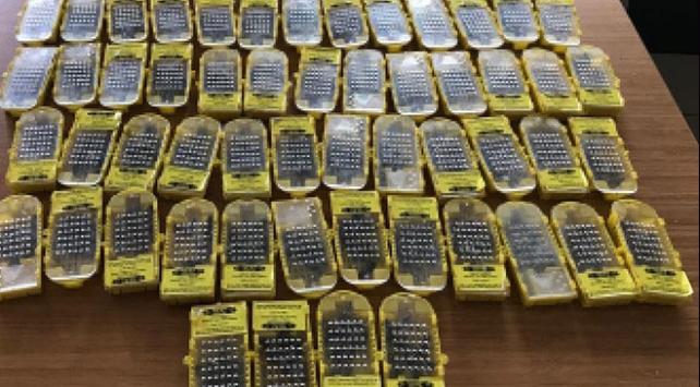 Havalimanında bal arısı operasyonu: 2 gözaltı