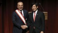 """Bakan Çavuşoğlu'na """"Japonya'nın en yüksek nişanı"""" takdim edildi"""
