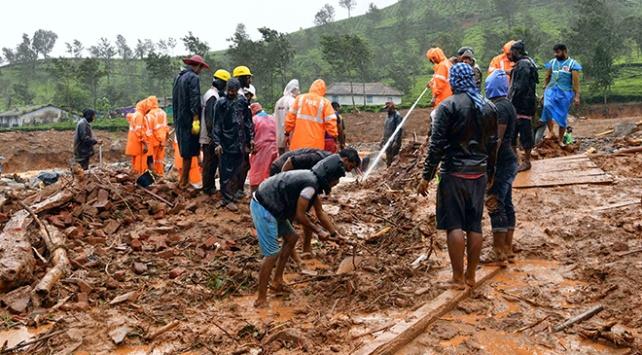 Hindistandaki sel ve heyelanlarda 125 kişi öldü