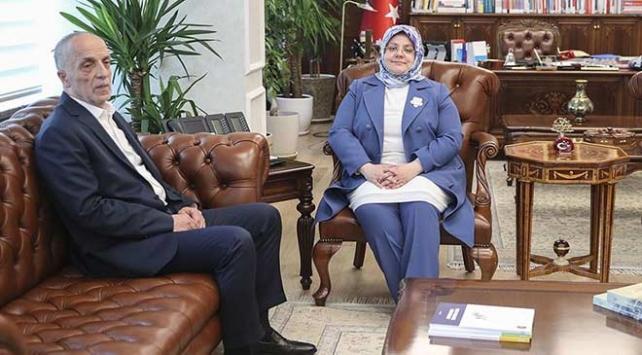 Bakan Selçuk Türk-İş Başkanı ile toplu sözleşmeleri görüşecek