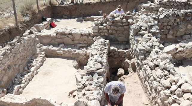 Porsuk Höyükte Roma dönemine ait yaşam alanı bulundu
