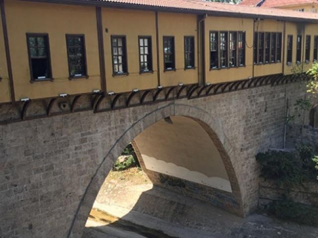 Dünyadaki 4 çarşılı köprüden biri Bursa Irgandı Köprüsü