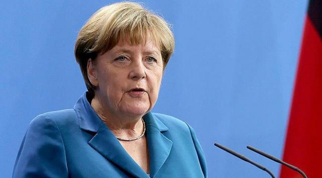 Merkelden Hong Kongdaki protestolara ilişkin açıklama