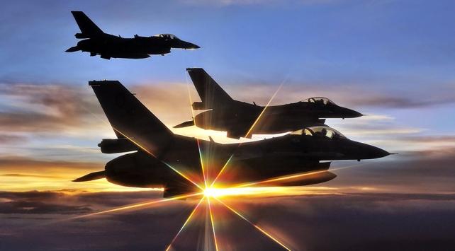 Irakın kuzeyindeki 13 terör hedefi imha edildi