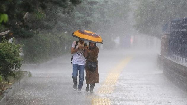 Meteoroloji'den Ankara uyarısı: Pazar sabahına kadar devam edecek