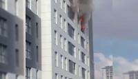 Ümraniye'de 16 katlı apartmanda yangın