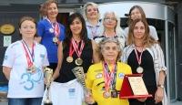Bozkırın kadınları açık denizde madalyaya doymuyor