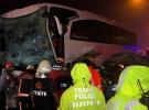 Düzce'de yolcu otobüsü tıra çarptı: 37 yaralı