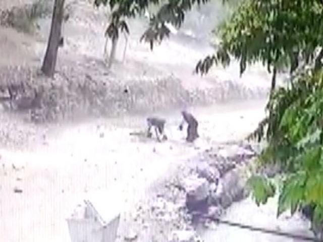 Kafasına kaya parçaları düşen çocuk hayatını kaybetti