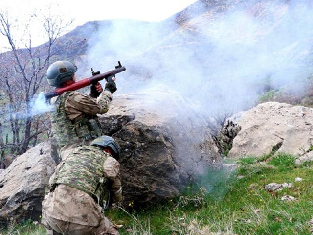 """Terör örgütü PKKya """"Kıran"""" operasyonu"""