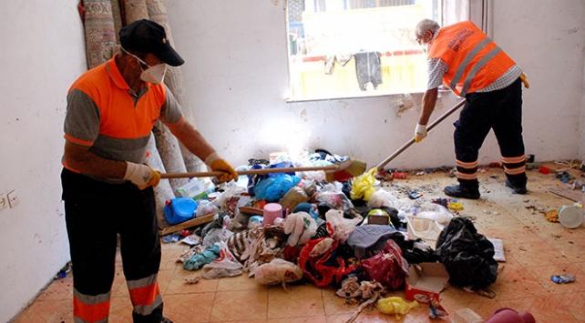 İstanbul'da çöp evler temizlendi