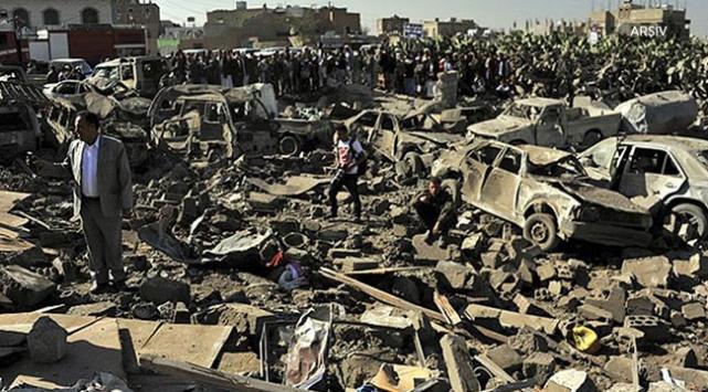 Arap koalisyonu Husilere ait mühimmat depolarını hedef aldı