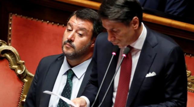 İtalyadaki siyasi düğüm için olası senaryolar
