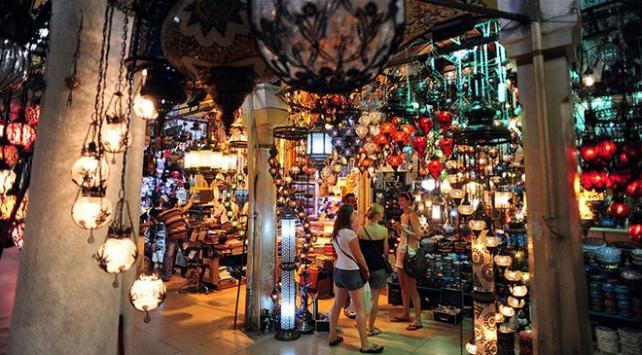 Turistlerin Türkiyede yaptığı alışveriş yüzde 70 arttı