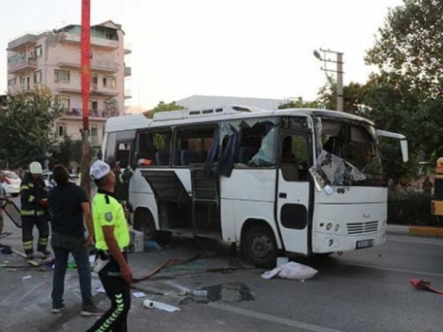 Denizli'de 14 kişinin yaralandığı kazanın görüntülerine ulaşıldı