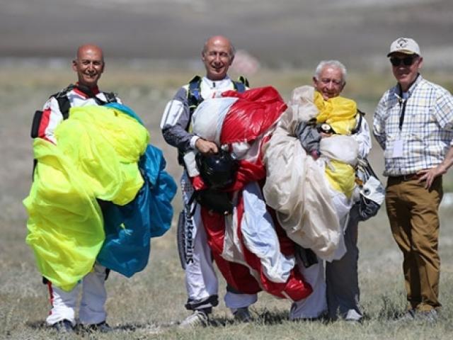 Delianlılar Paraşüt Takımı 44 yıldır atlayış yapıyor