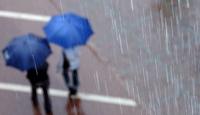 """Meteorolojiden Orta ve Doğu Karadeniz'e """"çok kuvvetli yağış"""" uyarısı"""
