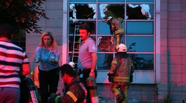 Küçükçekmecede hastanede yangın