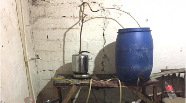 Konyada 250 litre sahte içki ele geçirildi