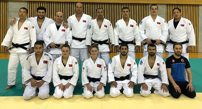 Milli judocular Japonya'da madalya arayacak