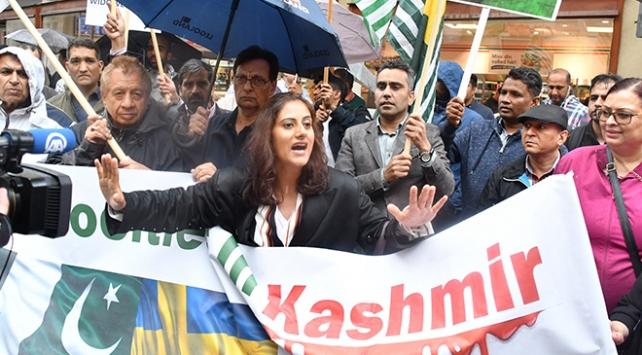 """İsveçte """"Hindistan"""" protestosu"""